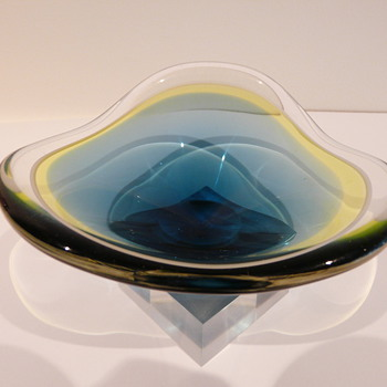 PAUL KEDELV FLYGSFORS 1954 - Art Glass
