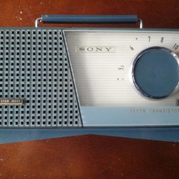 Sony Portable Transistor Radio - Radios
