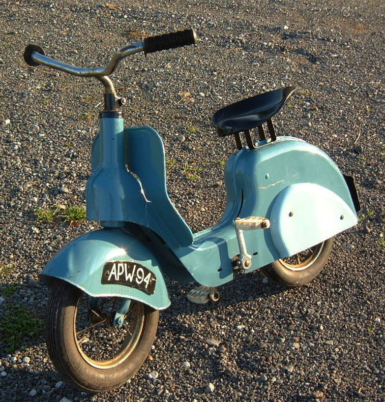 vintage vespa style scooter collectors weekly. Black Bedroom Furniture Sets. Home Design Ideas