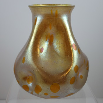 Loetz Astraa cabinet vase, ca. 1899 - Art Glass