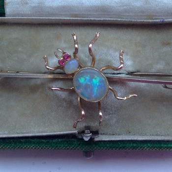 Gold Spider Brooch