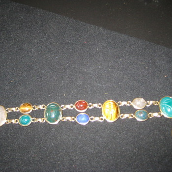 Mystery stone necklace - Costume Jewelry