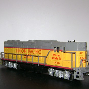 H.O. Engine, R.R. Cars and Accessories - Model Trains
