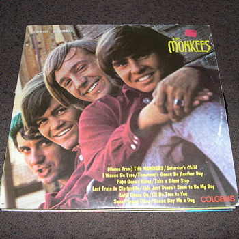 HEY HEY IT&#039;S MORE OF &quot;THE MONKEES&quot; RECORD COLLECTION