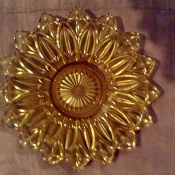 "Federal Glass Sun Gold Flower Petal 11 1/2"" Serving Platter - Glassware"