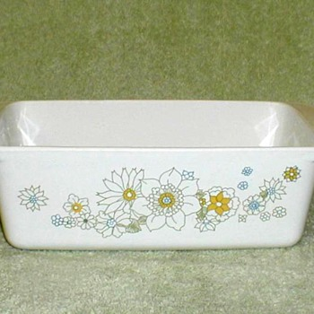 "Corningware ""Floral Bouquet"" Loaf Pan"