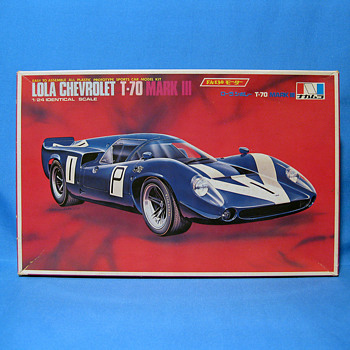Lola Chevrolet T-70 Mark III Motorize - Model Cars