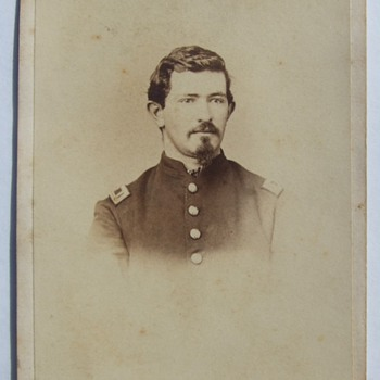 "Pennsylvania ""Bucktail"" Civil War officer CDV"