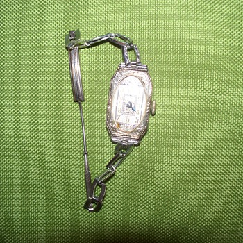 Vintage Watch with Unknown Mfg, ? Gruen ?   - Need Your Input