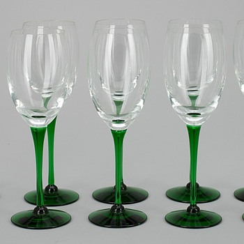 Wineglass Saara Hopea