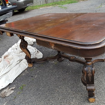 Victorian Dining table ornate extends to 8 Ft.. - Furniture