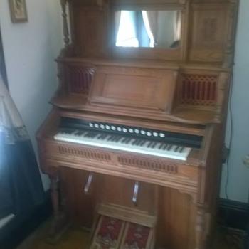 W.W. Kimball reed organ (and restoration pics)