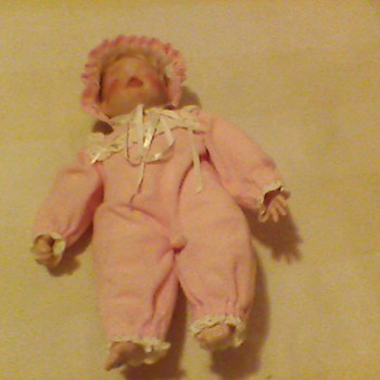 CUTE BABY DOLL - Dolls