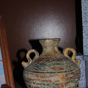 "A vase that says"" Made In China"", I thought it was Indian/Aztec. - Pottery"
