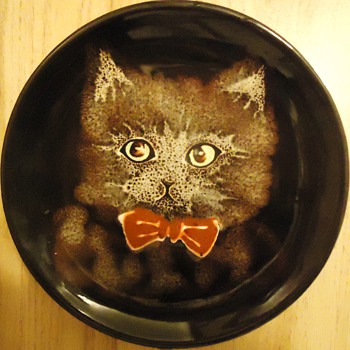 Cat Plate from thrift store! I named him Dr.Puffybowtie!! Cute! - Animals