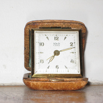 Antique 1950's Swiss Solo travel alarm clock.