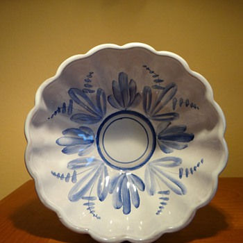 ARABIA -FINLAND  - Art Pottery