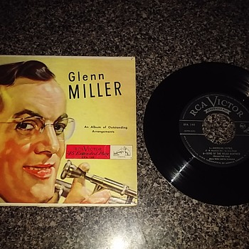 Mr. Glenn Miller... - Records