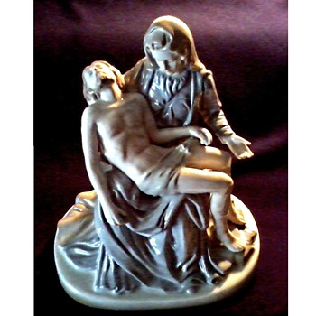 """La Pieta"" by Michelangelo / Tinted Porcelain Reproduction / Unknown Maker and Age - Figurines"