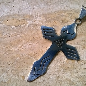 Large Taxco Incised Sterling Cross, TV-94, Antique Market Find $5.00