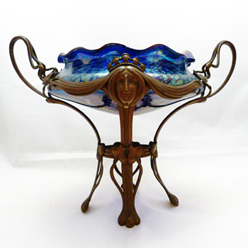 Lötz bowl Cobalt Papillon ca. 1900 with bronze mount in the style of Gruschner