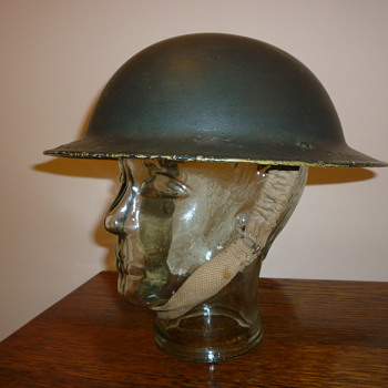 British WWII 8th Army desert steel helmet. - Military and Wartime