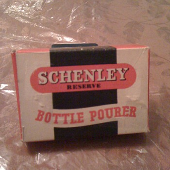 Pour Schenley Bottle pourwe