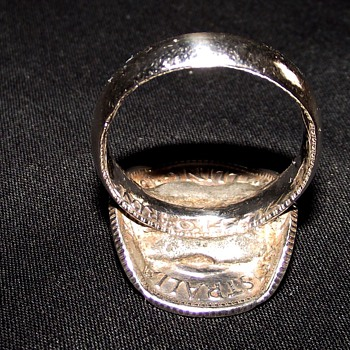 STERLING SILVER SHILLINGS COIN RING