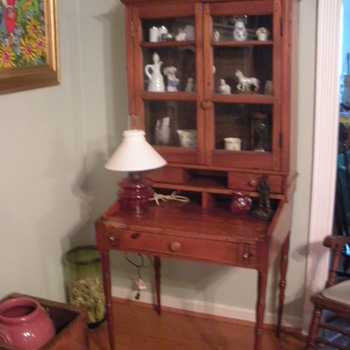 Pine secretary - Primitive find in the South - Furniture