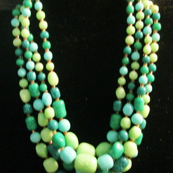 Vintage Japanese necklace - Costume Jewelry