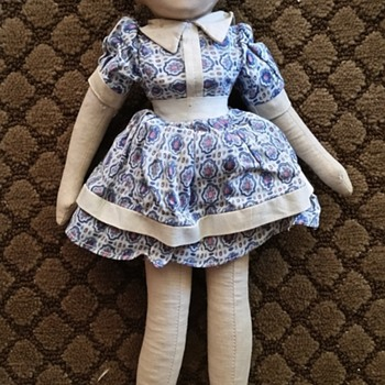 Little Orphan Annie Famous Artists Syndicate Cloth Doll.. My mystery!