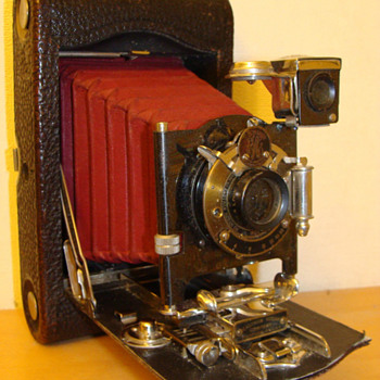 kodak 3a model f  - Cameras
