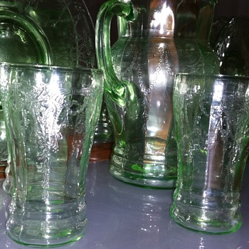 Anchor Hocking cameo ballerina pitcher and glasses