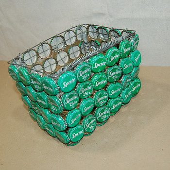Vintage Soda Pop Lid Sprite/Coke Basket