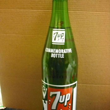 7up &quot;50&quot; year commemorative unopened bottle