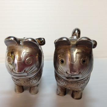 silver open salt and pepper