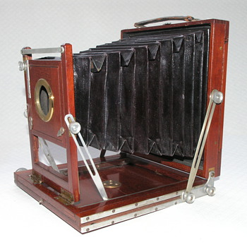 Sands &amp; Hunter Improved Tourist Camera, 1883. - Cameras