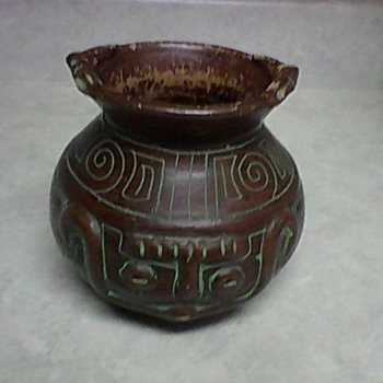INCA TERRA COTTA DOUBLE FACE POT