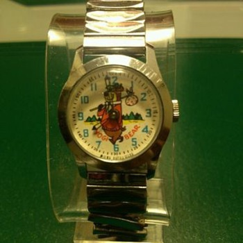 1968 Yogi Bear Wristwatch - Wristwatches
