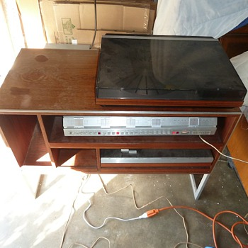 1980 Danish Bang and Olufsen Stereo System  - Records