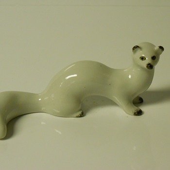 Russian porcelan White Weasel,20 Century - Figurines
