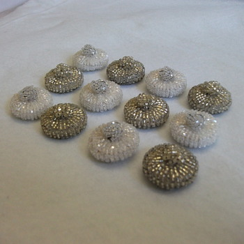 1950&#039;s Italian Bead Buttons 