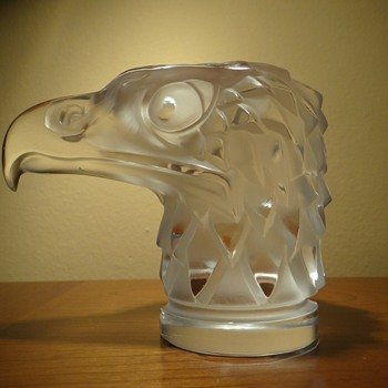 R. LALIQUE - FRANCE  &quot;TETE D&#039;AIGLE &quot; - Art Glass