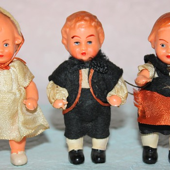 Family of 3 HP dolls