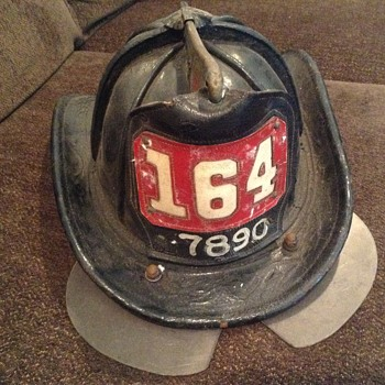 VINTAGE LEATHER NY FIREMANS   HAT CARINIS