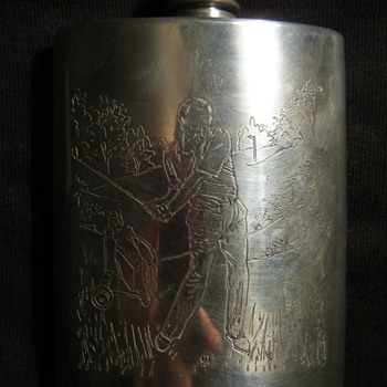 ''COMOYS' OF LONDON'' Golf motif  PEWTER WHISKEY FLASK BOTTLE