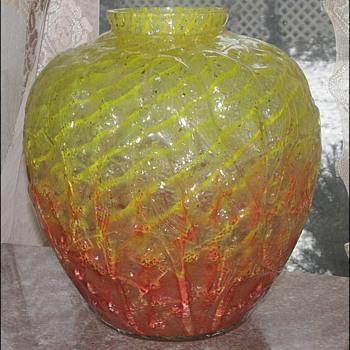 "Czech and American Copies of Rene Lalique's ""Lovebirds"" Vase - Art Glass"