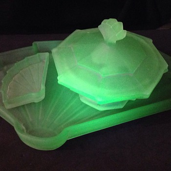 Bagley Frosted green uranium glass dressing set