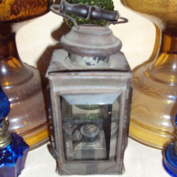 a little help to identify - Lamps