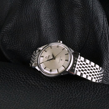 1967 Omega Constellation 551 Movement on an Omega Bracelet - Wristwatches